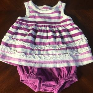 Babies R Us 0-3M Outfit